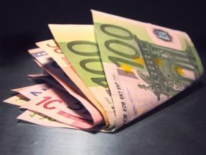 Der 3. Oktober - Tag der deutschen Einheit und des Endes des Euros?