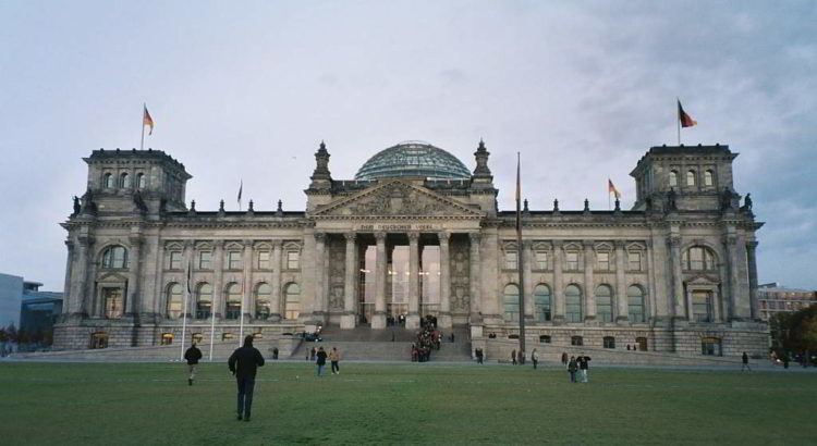 Deutscher Reichstag - free photo from morguefile.com