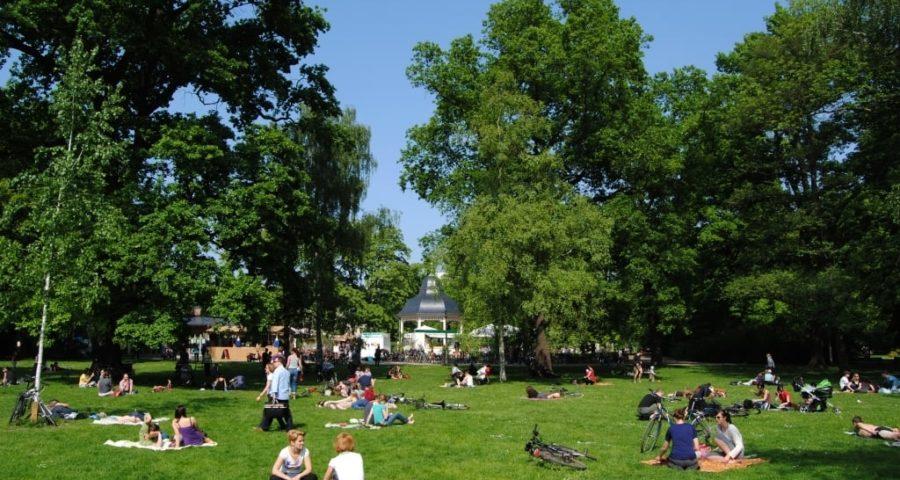 Clara-Zetkin-Park - Picknick - mit freundlicher Genehmigung von Andreas Schmidt / Leipziger Touristik- und Marketing GmbH
