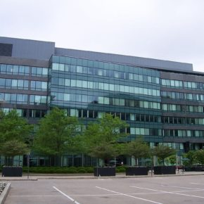 XEROX Hauptquartier in Norwalk, Connecticut - By DanielPenfield (Own work) [CC-BY-SA-3.0 (http://creativecommons.org/licenses/by-sa/3.0)], via Wikimedia Commons