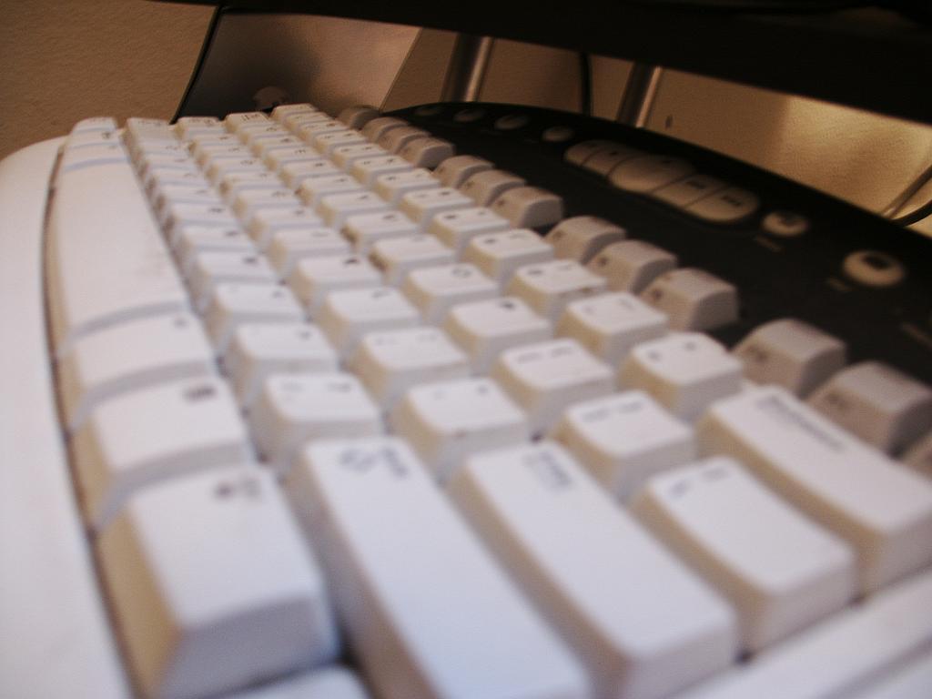 Eine Computer-Tastatur - free picture by davidwilkerson via morguefile.com