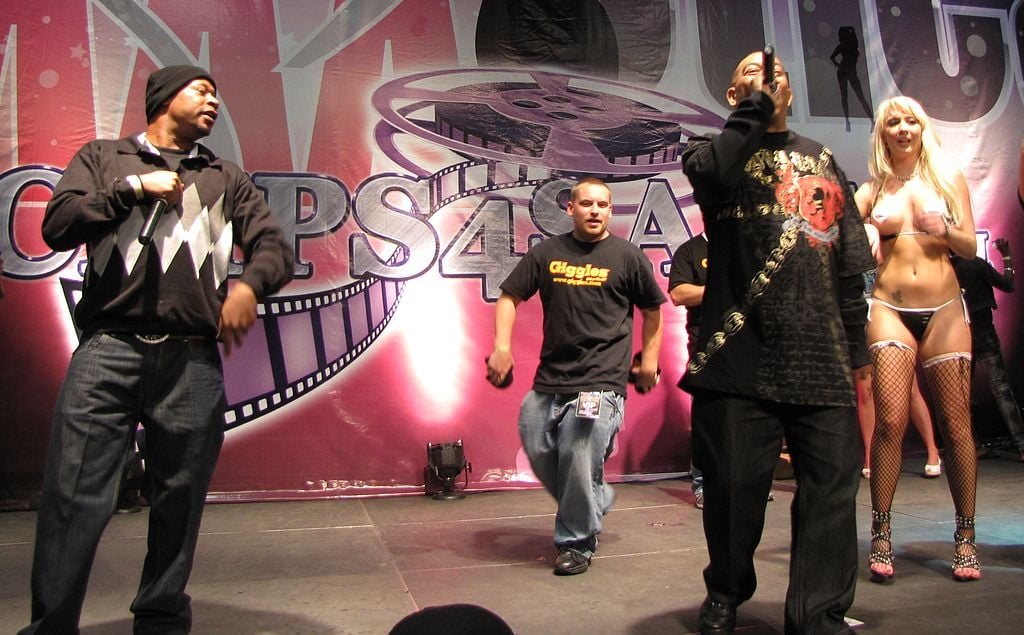 2 Live Crew zur Exxxotica NY in 2009 - The Doppelganger at en.wikipedia [CC-BY-SA-3.0 (http://creativecommons.org/licenses/by-sa/3.0) or GFDL (http://www.gnu.org/copyleft/fdl.html)], via Wikimedia Commons