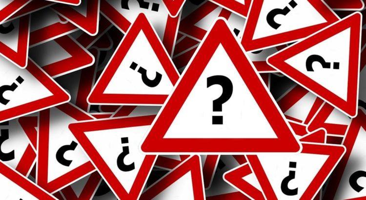 Fragezeichen-Straßenschilder - (C) Geralt Altmann via pixabay.de