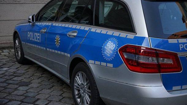 Polizei-Auto - (C) Hans CC0 via pixabay.de