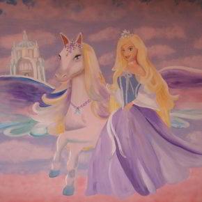 Barbie und der geheimnisvolle Pegasus - Wandmalerei - (C) csekeklari CC0 via pixabay.de