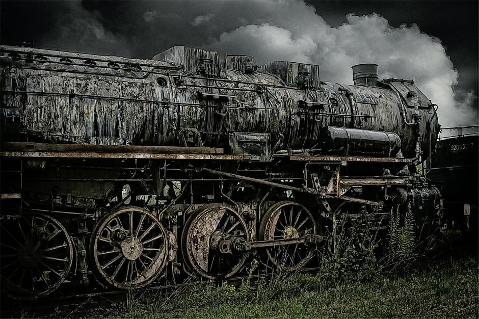 Lokomotive - (C) lizzyliz CC0 via Pixabay.de