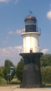 Am Leuchtturm rechts
