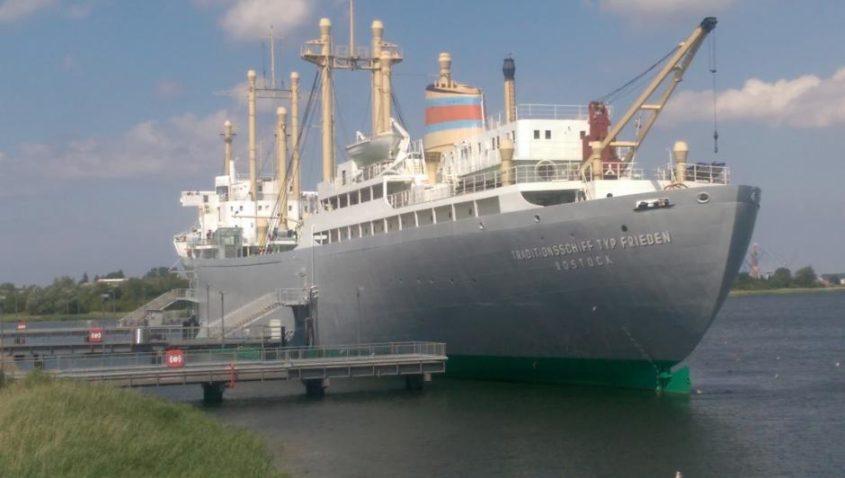Schiffbau- und Schifffahrtsmuseum im Traditionsschiff DRESDEN der FRIEDEN-Klasse