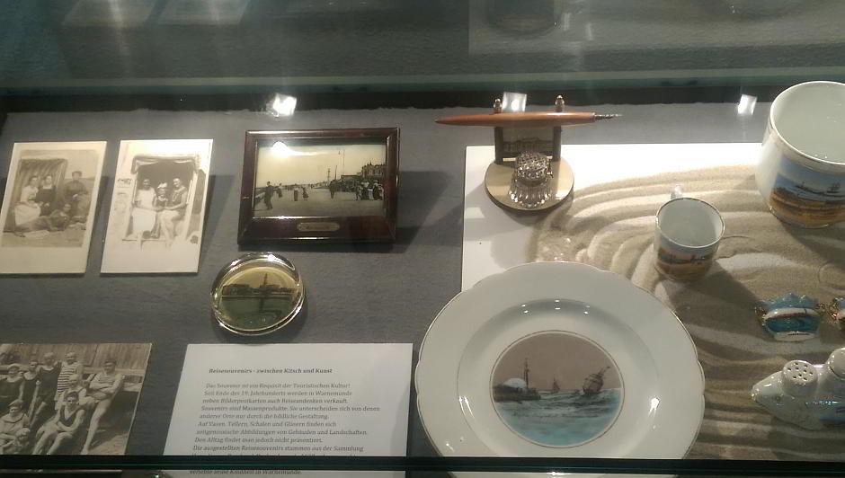 Gegenstände aus dem Raum Warnemünde, die für das Museum zusammengetragen wurden