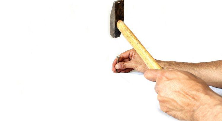 Hammer - (C) JanDix CC0 via Pixabay.de