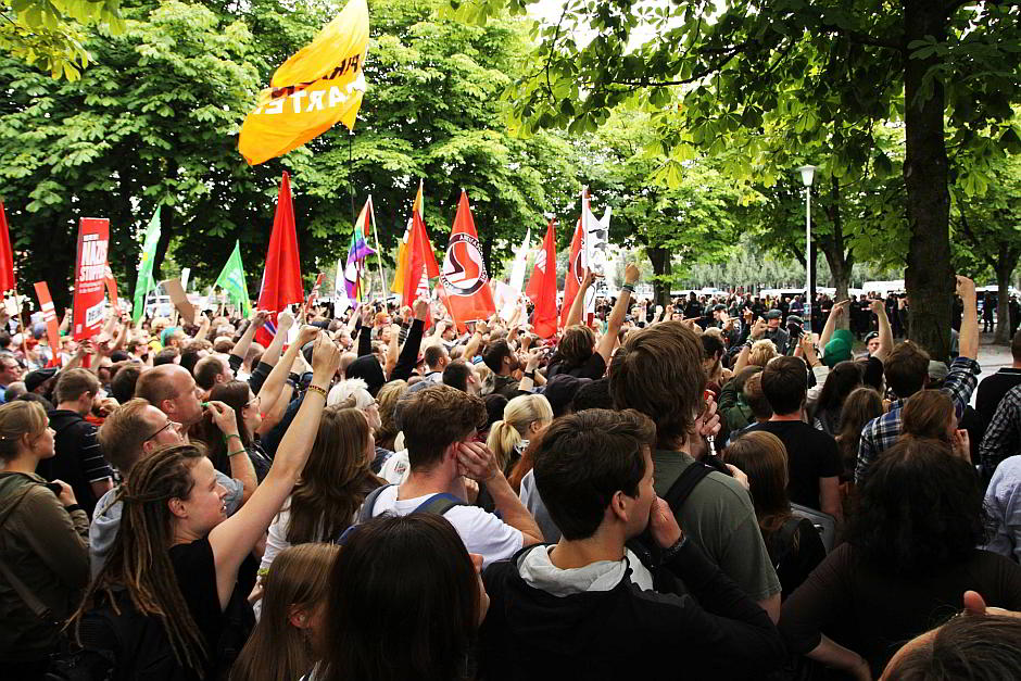 Demonstration der ANTIFA - (C) Broadmark CC0 via Pixabay.de