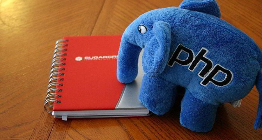 Der ElePHPant - By Cal Evans [CC BY-SA 2.0 (http://creativecommons.org/licenses/by-sa/2.0)], via Wikimedia Commons
