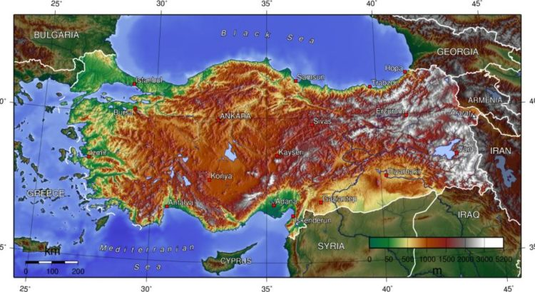 Topologie der Türkei - von Captain Blood (Eigenes Werk) [GFDL (http://www.gnu.org/copyleft/fdl.html) oder CC-BY-SA-3.0 (http://creativecommons.org/licenses/by-sa/3.0/)], via Wikimedia Commons