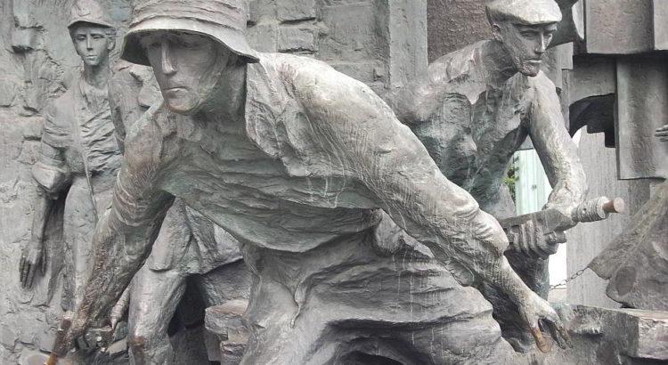 Ein Kriegsdenkmal in Warschau - (C) sebo106 via Pixabay.de