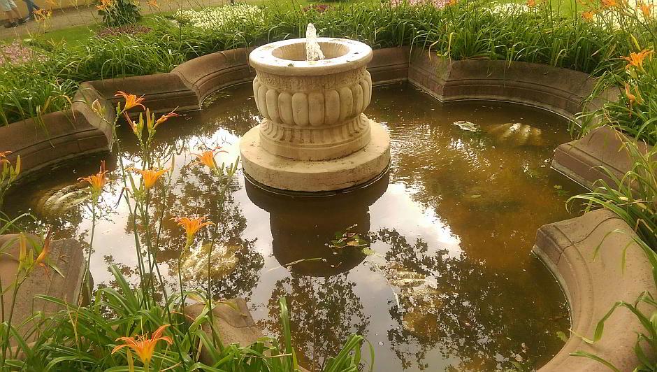 Brunnen im Schlosspark Schwerin