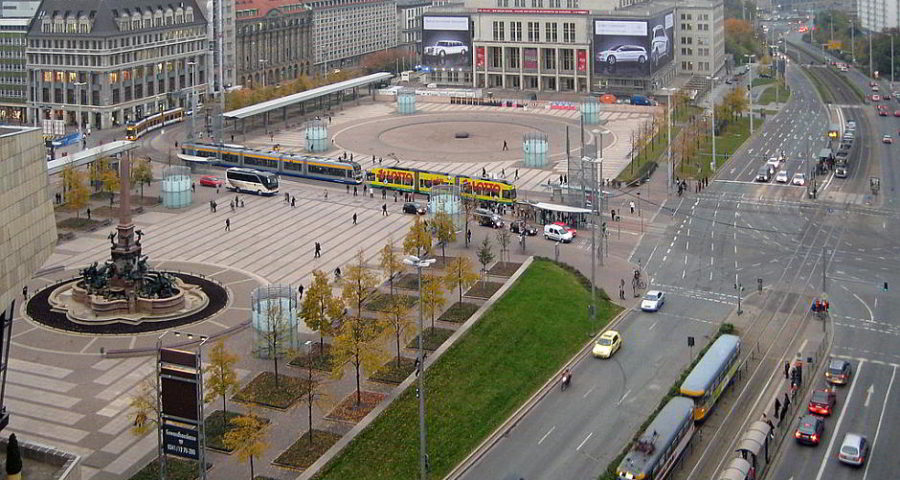 Leipzig, Augustusplatz - By Oliver Storch (Own work) [CC BY-SA 3.0 (http://creativecommons.org/licenses/by-sa/3.0)], via Wikimedia Commons