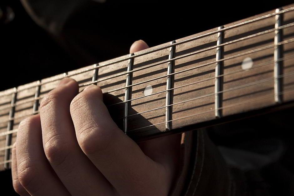 Gitarre - (C) ignatsevichserg CC0 via Pixabay.de