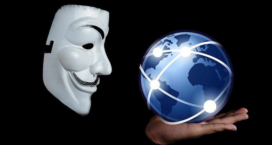 Maske - (C) Geralt Altmann CC0 via Pixabay.de