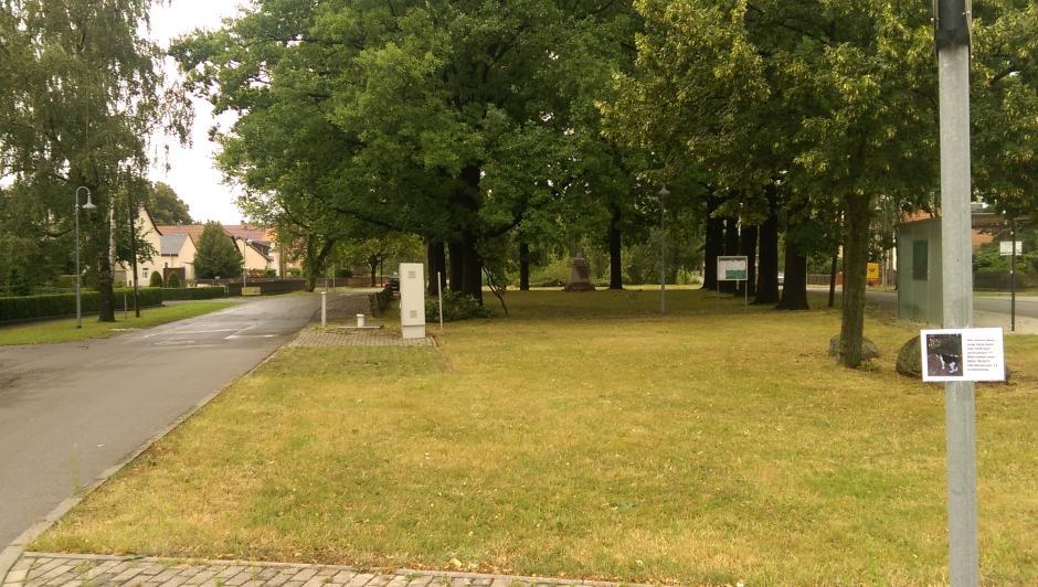 Dorfplatz Hohenheida