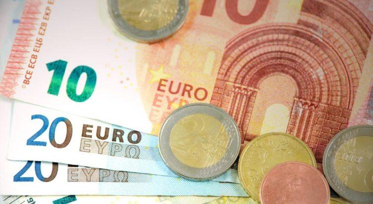 Euro-Bargeld - (C) WDnet CC0 via Pixabay.de