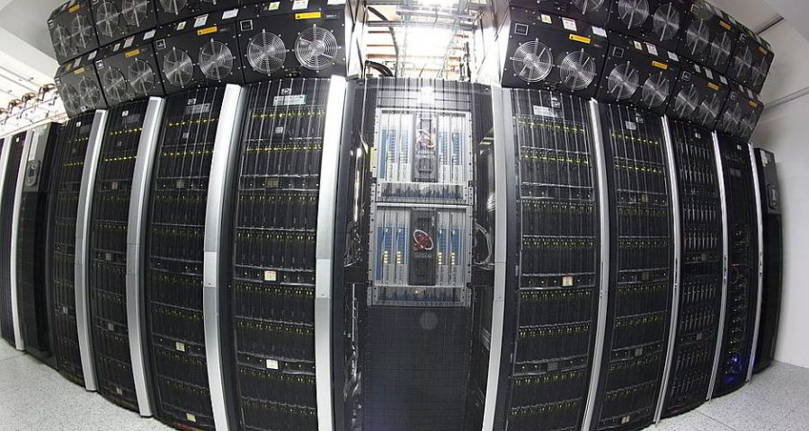 ZEUS Supercomputer - By Marek.magrys (Own work) [GFDL (http://www.gnu.org/copyleft/fdl.html) or CC BY-SA 4.0-3.0-2.5-2.0-1.0 (http://creativecommons.org/licenses/by-sa/4.0-3.0-2.5-2.0-1.0)], via Wikimedia Commons