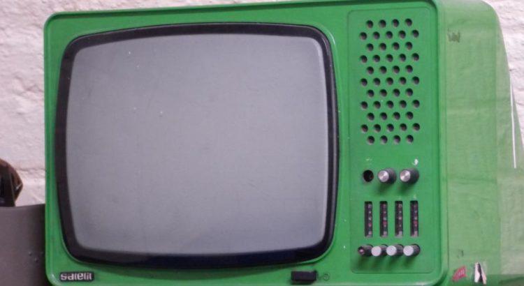Fernseher - (C) Tomasz_Mikolajczyk CC0 via Pixabay.de