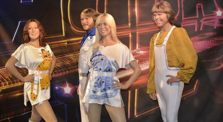 ABBA als Wachsfiguren - By Danny15 (Own work) [CC BY-SA 3.0 (http://creativecommons.org/licenses/by-sa/3.0)], via Wikimedia Commons