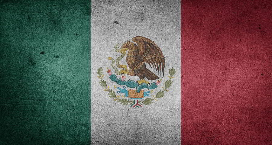 Flagge von Mexiko - (C) Etereuti CC0 via Pixabay.de