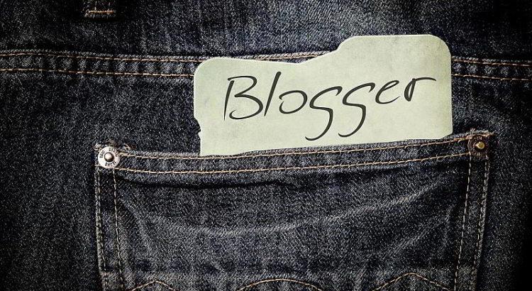 Blogger - (C) kalhh CC0 via Pixabay.de