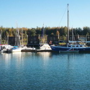 Die Marina, von der Mole des Lagovida-Ressorts aus gesehen