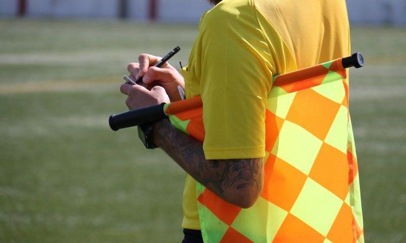 Linienrichter bei der Arbeit - (C) taniadimas CC0 via Pixabay.de