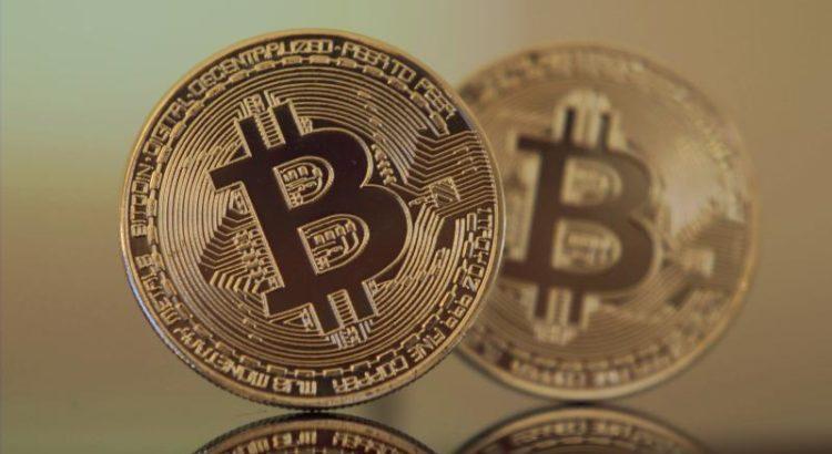 Bitcoins - (C) vjkombajn CC0 via Pixabay.com - https://pixabay.com/de/bitcoin-kryptogeld-btc-w%C3%A4hrung-2868703/