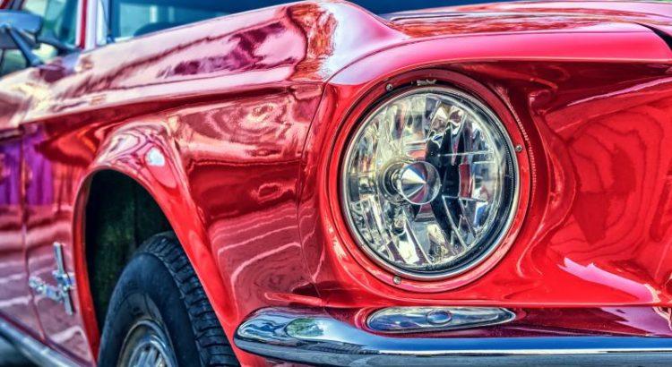 Ford Mustang - (C) Tama66 CC0 via Pixabay.com - https://pixabay.com/de/ford-mustang-v8-67er-ford-mustang-2705402/