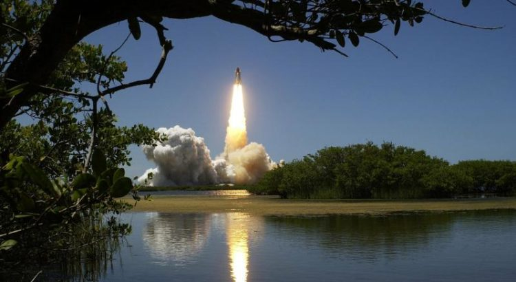 Raketenstart - (C) NASA-Imagery CC0 via Pixabay.com - https://pixabay.com/de/rakete-abheben-astronautik-nasa-969/