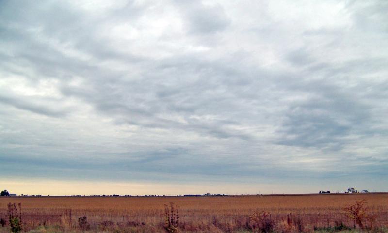 Heartland: Indiana auf dem Land - (C) PublicDomainPictures CC0 via Pixabay.com - https://pixabay.com/de/indiana-feld-herbst-bauernhof-18105/