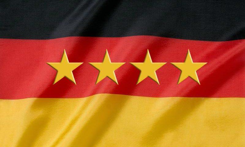 Schland - Den vierten Stern holte Mesut Özil nicht allein - (C) stux CC0 via Pixabay.com - https://pixabay.com/de/wm-weltmeister-weltmeisterschaft-392995/