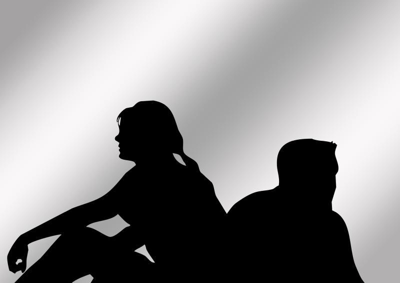 "Streit, oder: ""Who's leaving who"" - Geralt Altmann CC0 via Pixabay.com - https://pixabay.com/de/paar-mann-frau-auseinandersetzung-707506/"