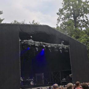Set von OMD auf der Parkbühne Leipzig vor Beginn des Konzerts