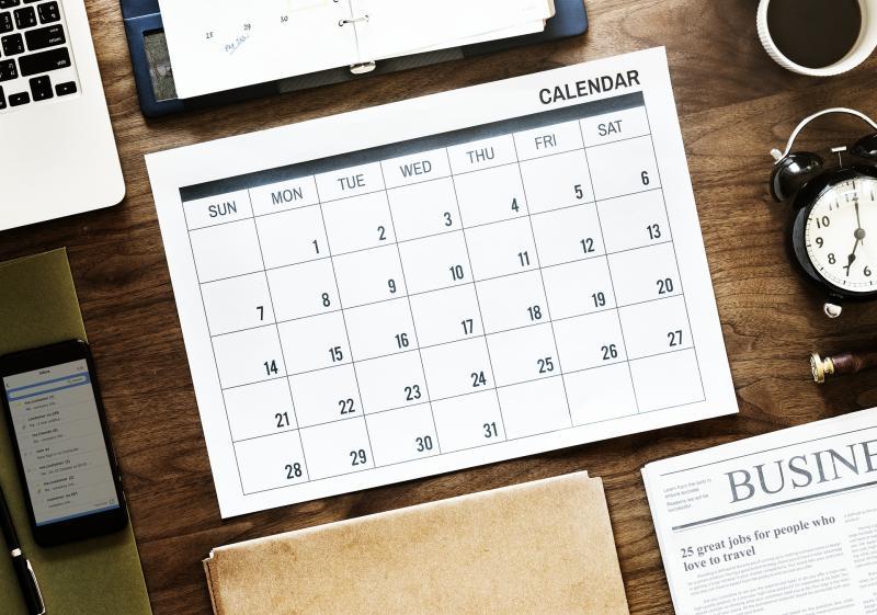 Kalender zur Organisation - (C) rawpixel CC0 via Pixabay.com - https://pixabay.com/de/papier-gesch%C3%A4ft-dokument-b%C3%BCro-luft-3327341/