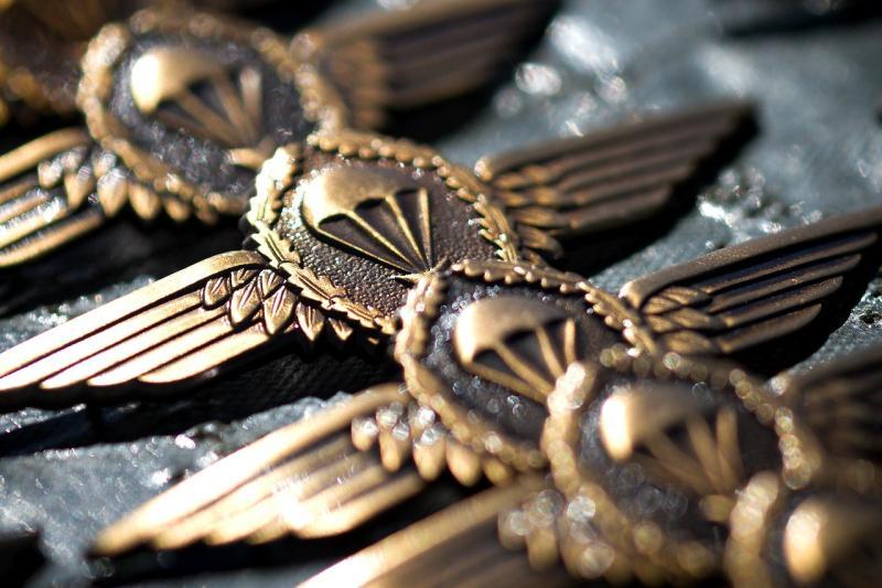 Fallschirmjäger der Bundeswehr - (C) 12019 - Pixabay-Lizenz - via Pixabay.com