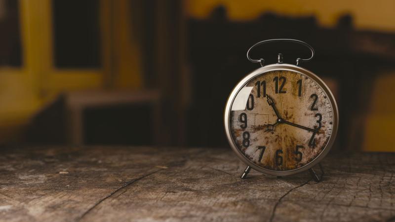 """17 Jahre """"Clocks"""" von Coldplay - Bild von Monoar Rahman Rony auf Pixabay"""