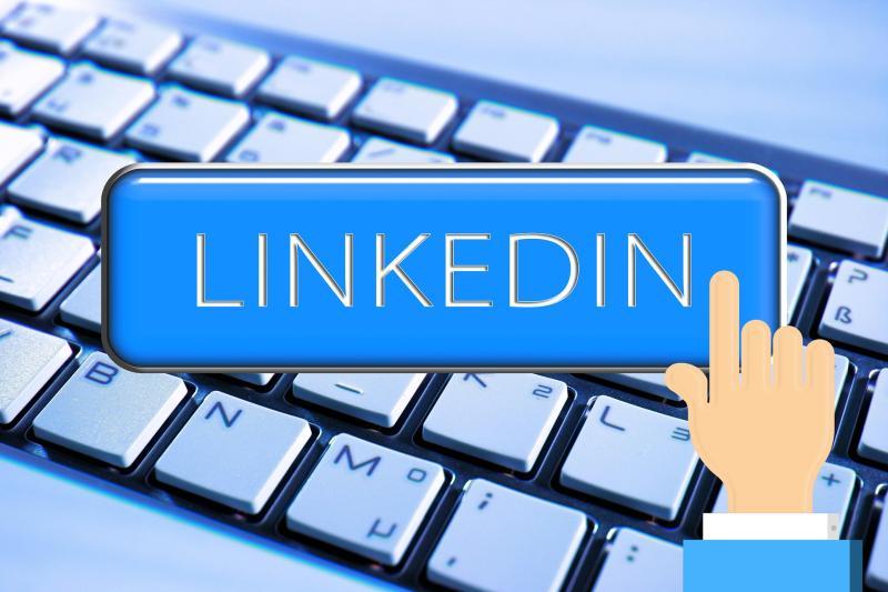 Networking bei LinkedIn - Bild von Gerd Altmann auf Pixabay