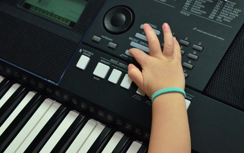 Keyboard-Träume: Es geht wohl wieder los - Bild von congerdesign auf Pixabay